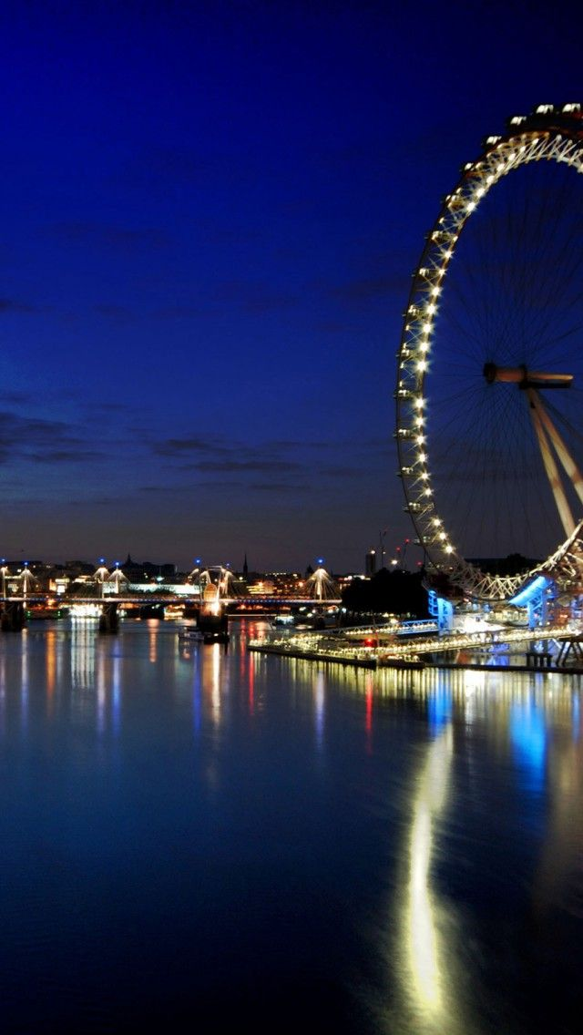 Pin By Luanne Rice On Night London Attractions London City Beautiful Locations