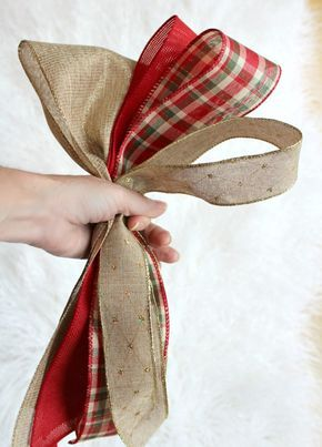 Create gorgeous Christmas Tree Bow Decor with this DIY tutorial #rusticchristmas
