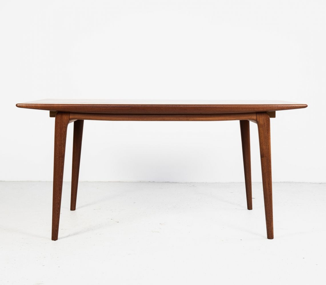 For Sale Midcentury Boomerang Dining Table In Teak By Alfred Christensen For Slagelse In 2020