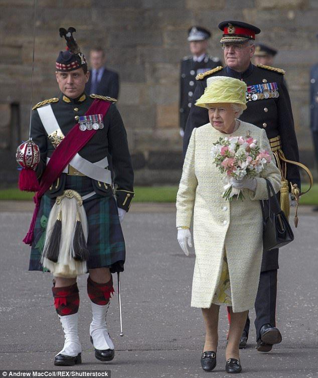 The Queen Kicks Off Holyrood Week In Edinburgh People