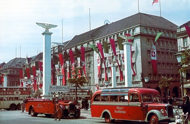 Berlin decorated for the visit of Mussolini in September ...