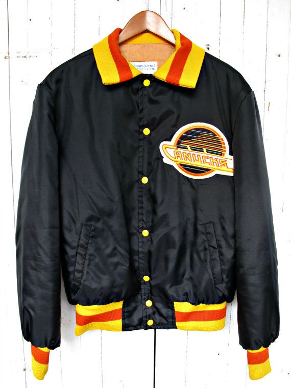 Black Classic Vancouver Canucks Jacket Made By Lastofthebreedvtg 72 00 Retro Jacket Vancouver Canucks Jackets