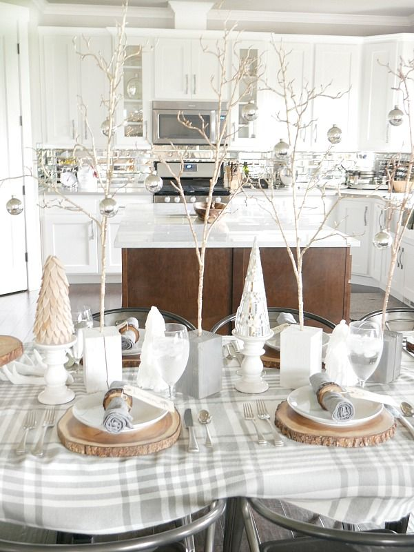 Cozy and Elegant Winter Table Setting | Cozy, Elegant and Tablescapes