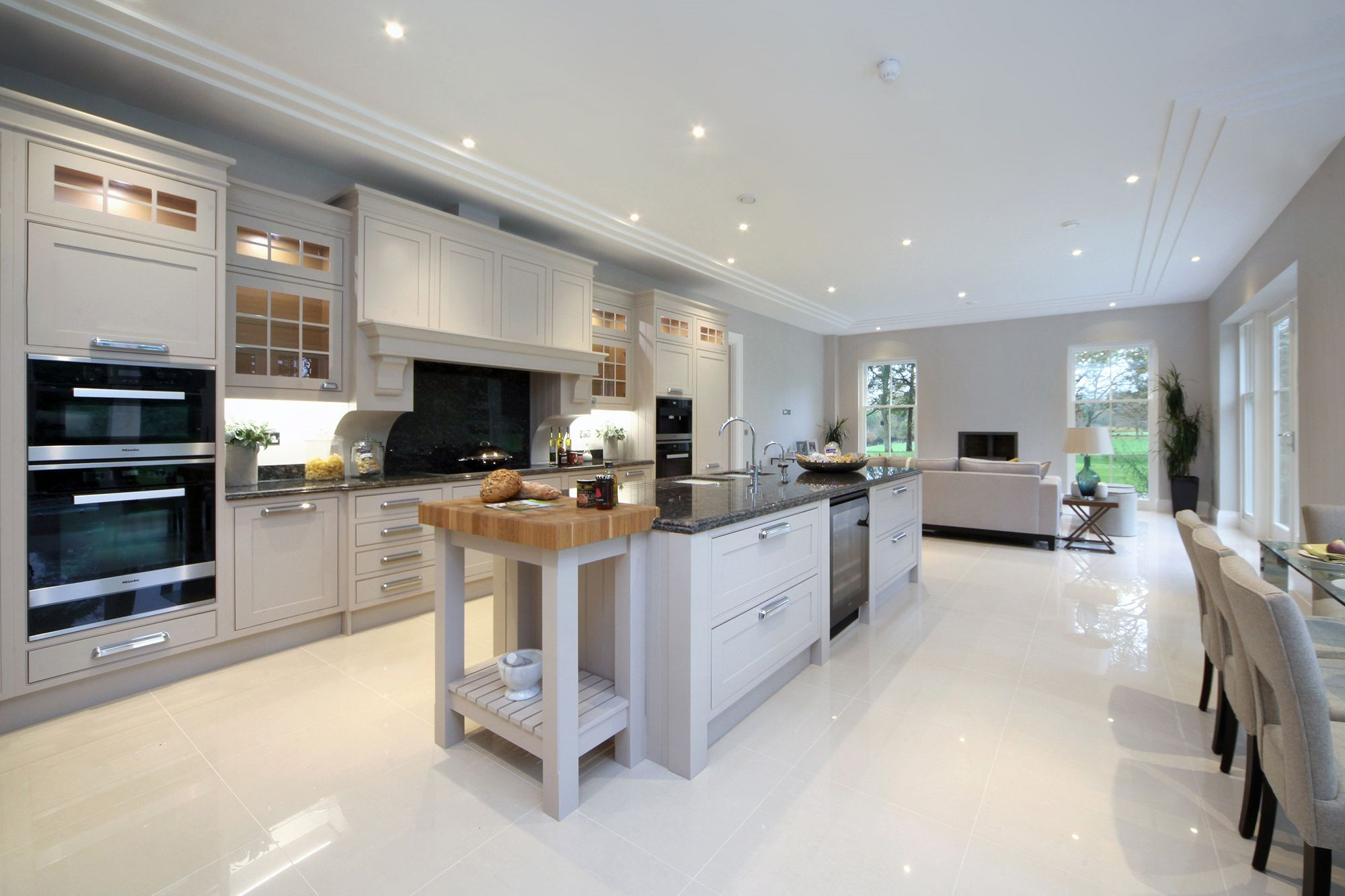 Burford place open plan kitchen with breakfast bar island - Designs for kitchen diners open plan ...