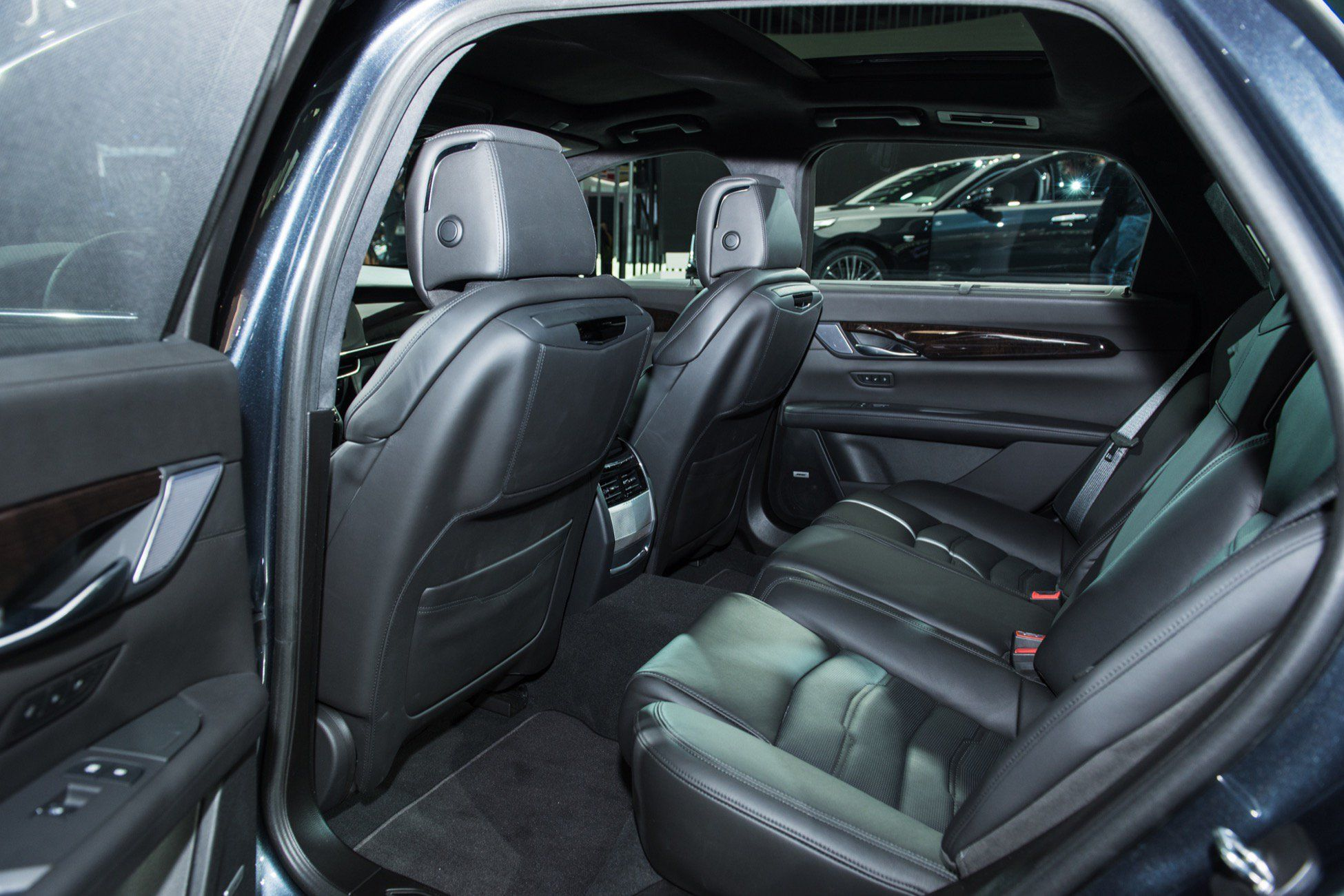 2019 cadillac ct6 refresh live photo gallery gm. Black Bedroom Furniture Sets. Home Design Ideas