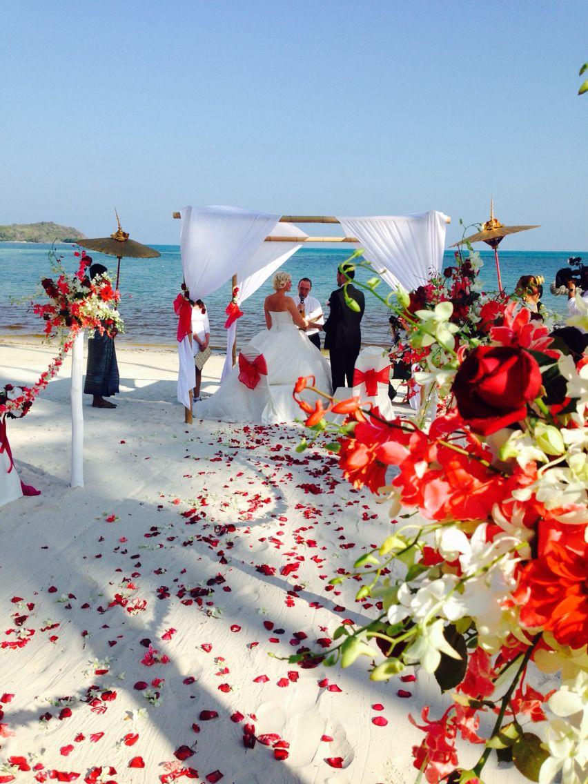 Wedding In Koh Samui Www Hochzeiten Am Strand De Amazing Location Let S Connect Hochzeit Hochzeit In Italien Strandhochzeit