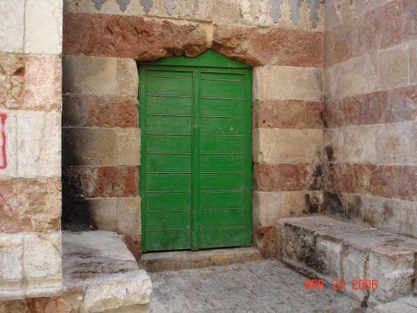 Jerusalem القدس الشريف مدخل لبناية او عمارة في البلدة القديمة 2 Tall Cabinet Storage Outdoor Decor Home Decor