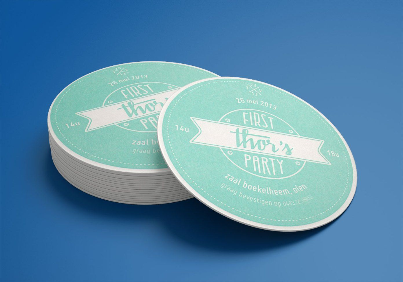 Free round drink beverages coaster mockup psd 6