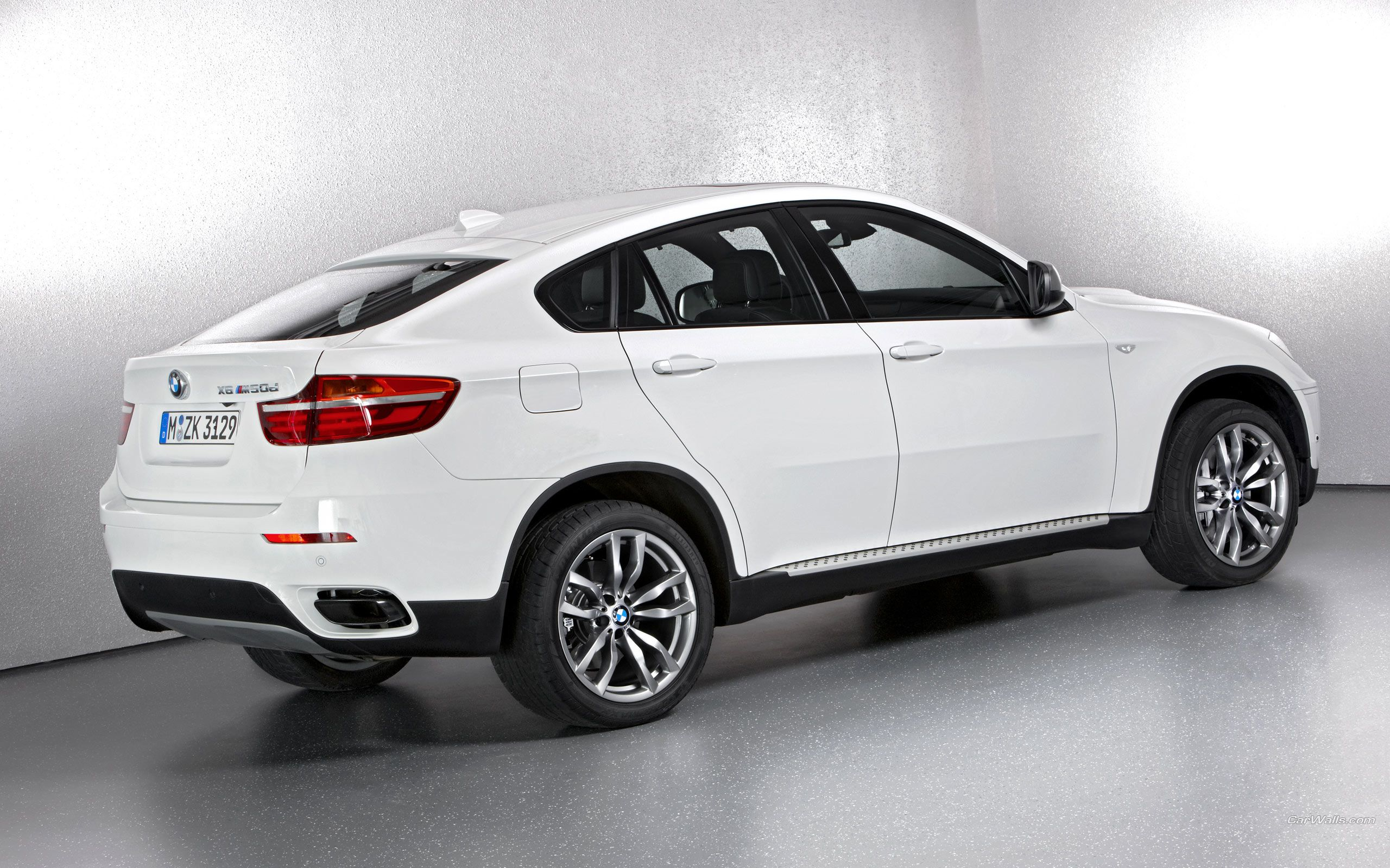 Bmw X6 White M 2 Pictures