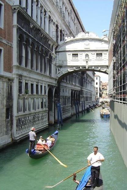 El Puente De Los Suspiros Puente De Los Suspiros Venecia Lugares Preciosos