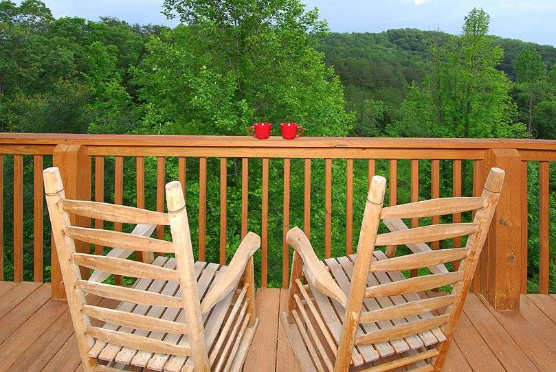 A Bear S Haven 3 Bedroom Cabin Rental With Images Cabin Rentals Pigeon Forge Cabin Rentals Gatlinburg Cabin Rentals