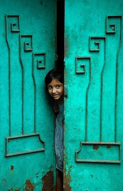 Lydia McCauley - Quieting: Paint / India