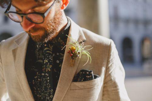 unconventional groom. unconventional groom. suit men grooms floral jacket. linen suit. floral tie. floral shirt. sable.