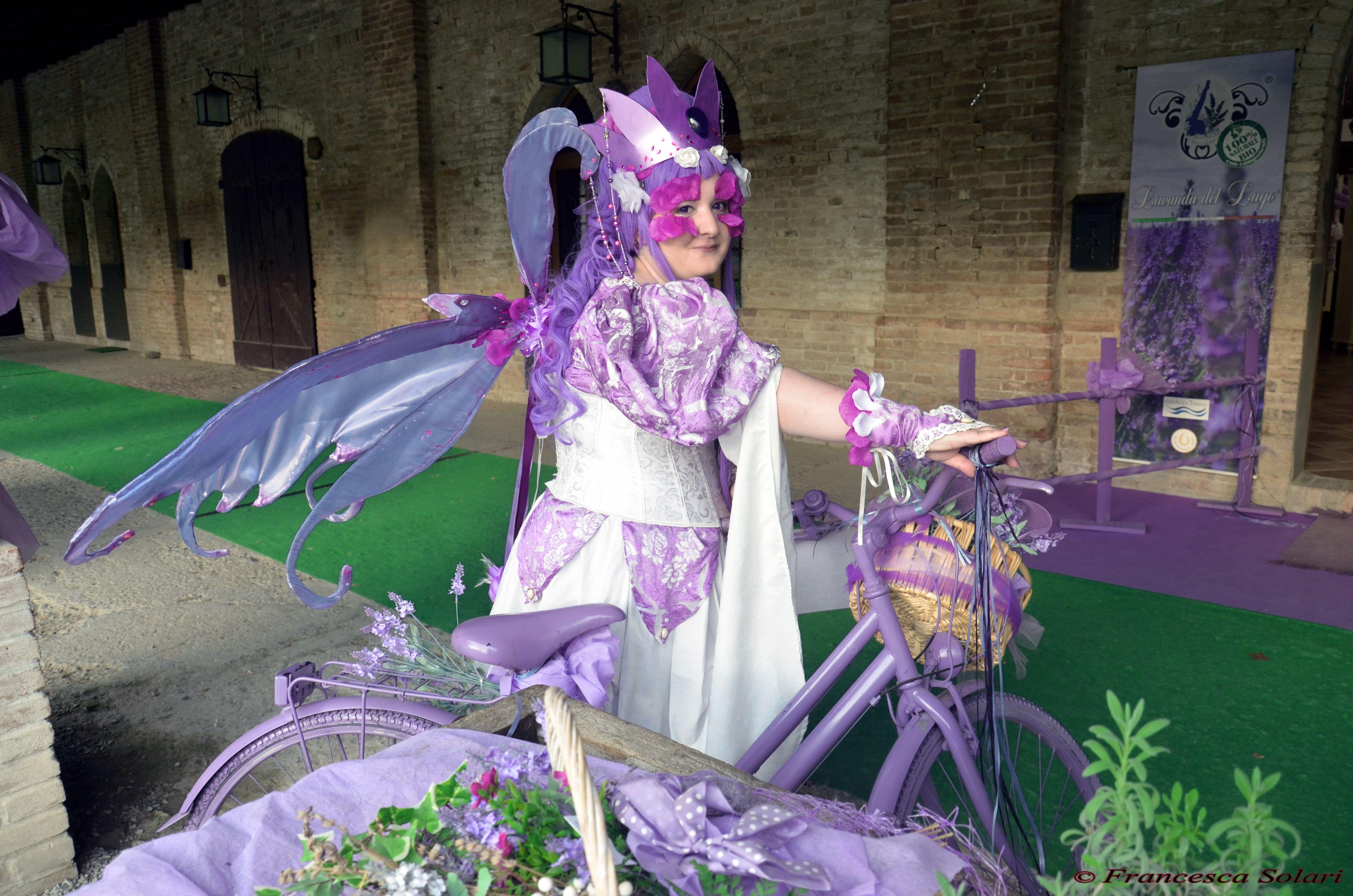 Neanna from Leodhrae http://www.aurorafilippi.com/  Photo by: Francesca Solari https://www.facebook.com/Francesca-Solari-Photography-454269394624161/ Location: Grazzano Visconti (Italy) #leodhrae #fantasy #costume #cosplay #book #novel #fairyland
