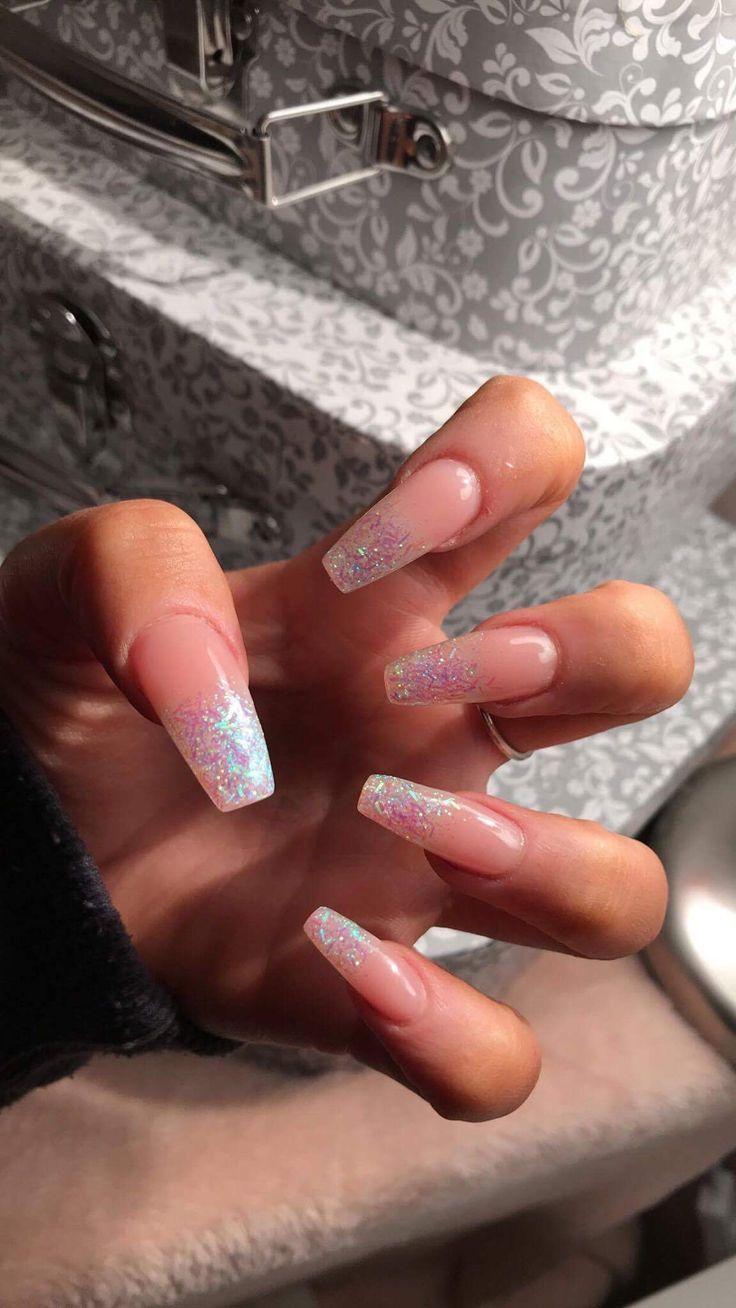 Kinderkleiderschranke Kinderschranke Red Acrylic Nails Clear