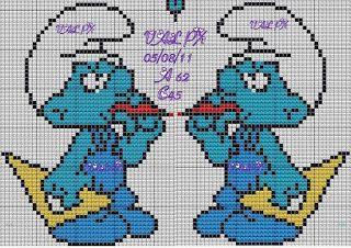 """Delicado Cantinho: Gráficos Ponto Cruz """"Smurfs"""""""