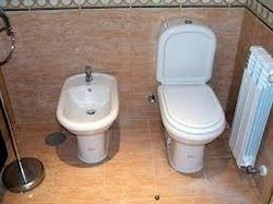 Picture How To Use A Bidet Bidet Trash Can Small Trash Can