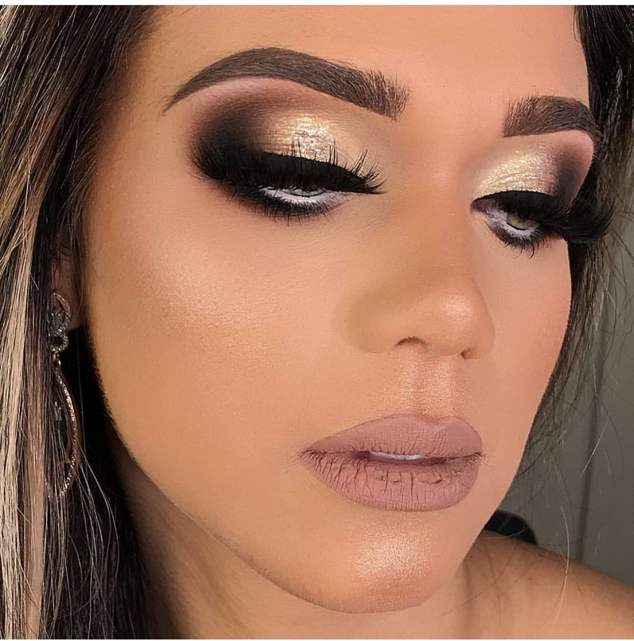 Idea by THE WAVE 🌊 on BEAUTY Bridal eye makeup, Online