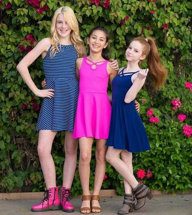 2dff406aa458c Francesca Capaldi Sally Miller, Dog With A Blog, Dresses For Teens, Outfits  For