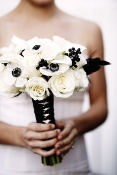 Bridesmaids bouquets Black White Ivory Blooms | Black White and ...
