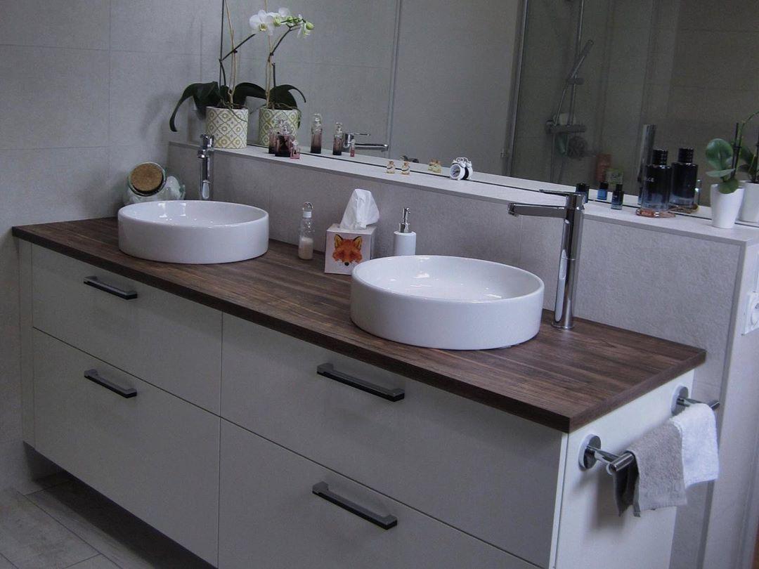 Faire Sa Salle De Bain une salle de bain avec double vasque sur les tons marrons