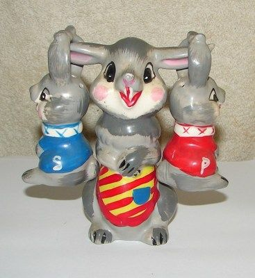 Unusual vtg figural bunny salt pepper shakers set mama 2 rabbits japan painted ebay