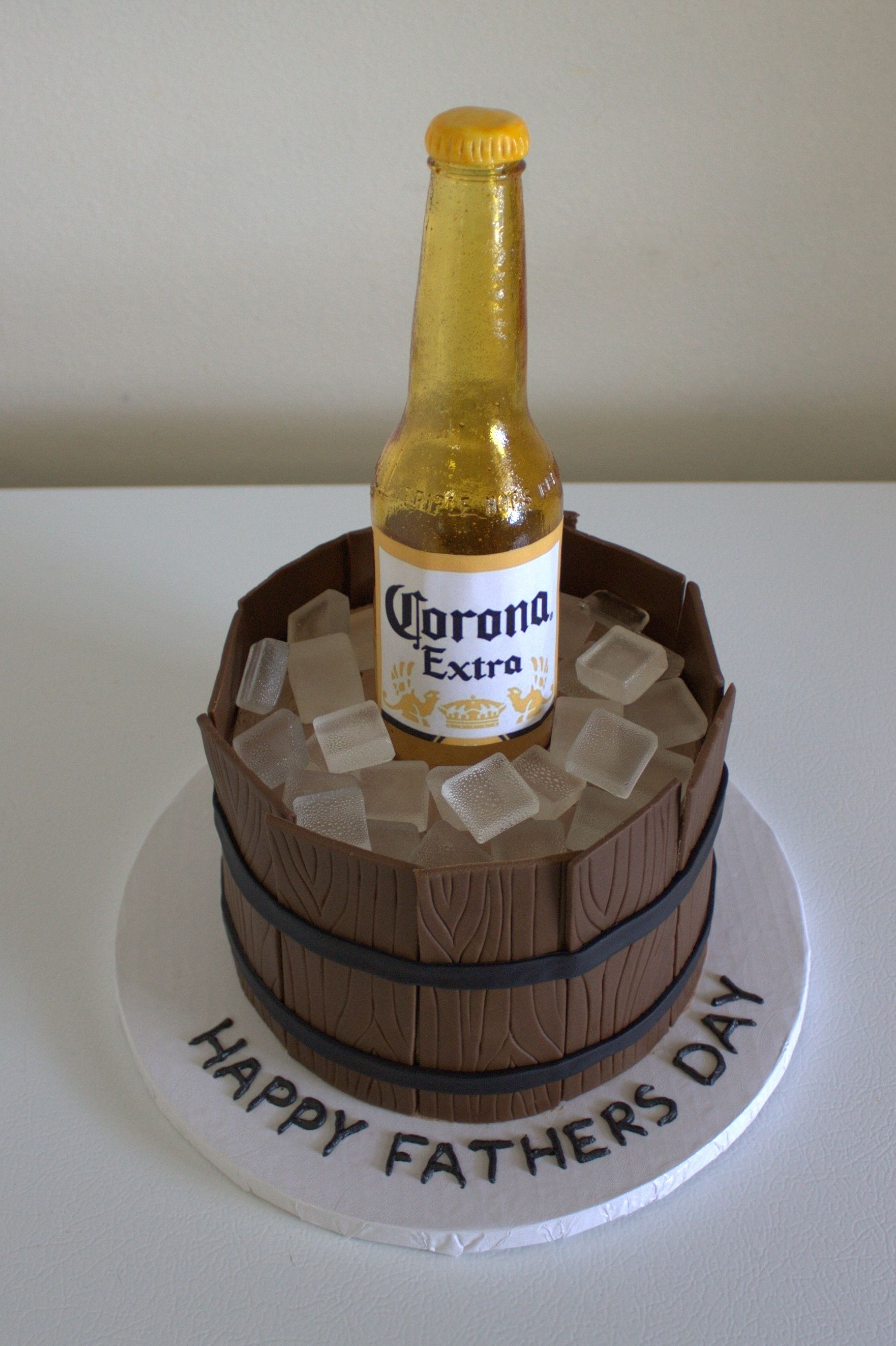 Sugar Beer Bottle Cake With Images Beer Bottle Cake Fathers