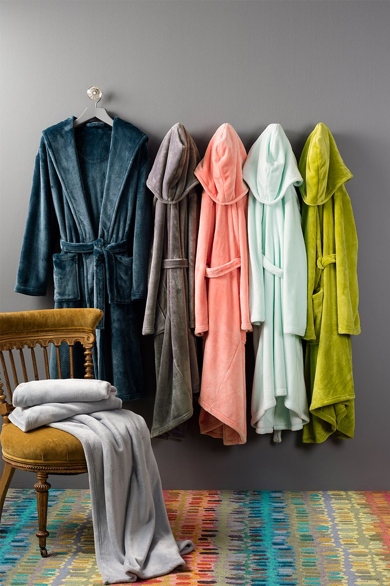 Get set for holiday fun in matching robes. With a plethora of colors to choose from, you'll find the perfect cozy robe for Dad, Mom, and the kids!