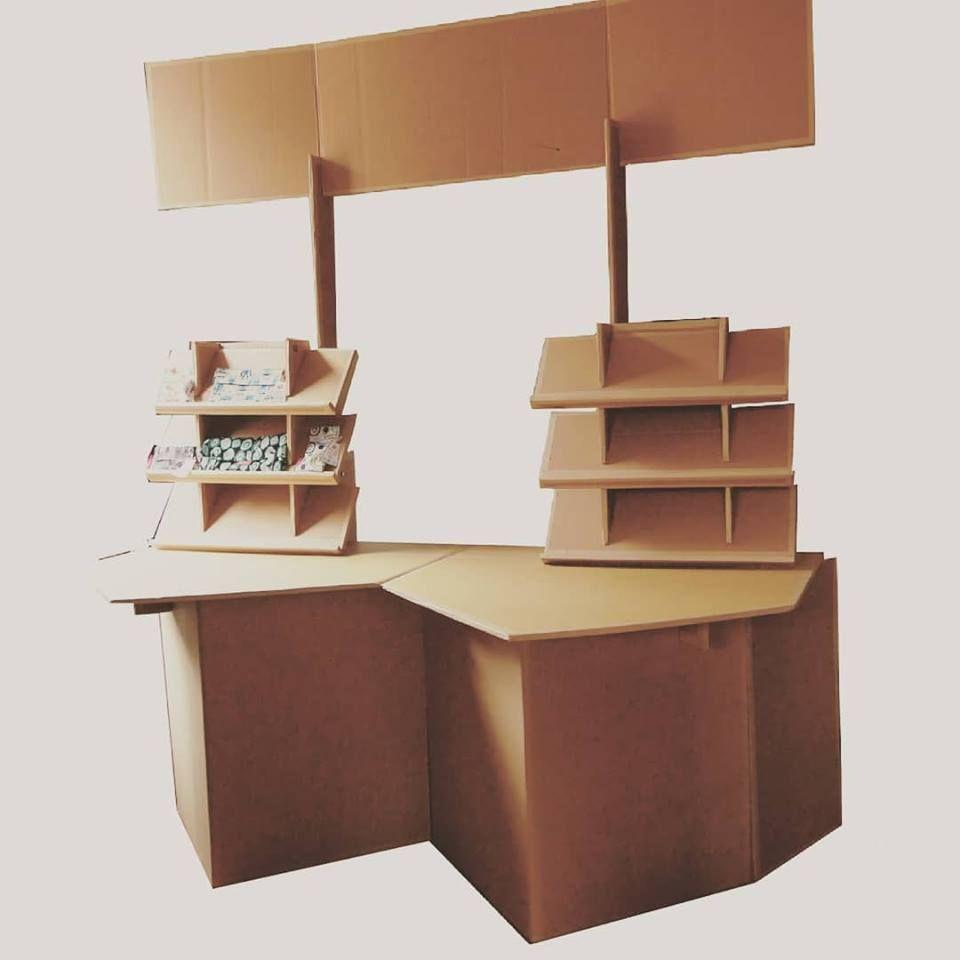 Facilitez Vos Salons Avec Les Meubles En Carton Pliables Et Eco Responsable Les Cartons D Anais Https Www Lescartonsdanais Be Sur Mesure Reutilisable