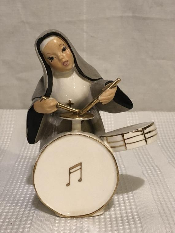 Rare! Vintage 1956 NAPCO Nun Sister Playing Drums  Figurine 5 tall Knick Knack Marked National Pot #knickknack