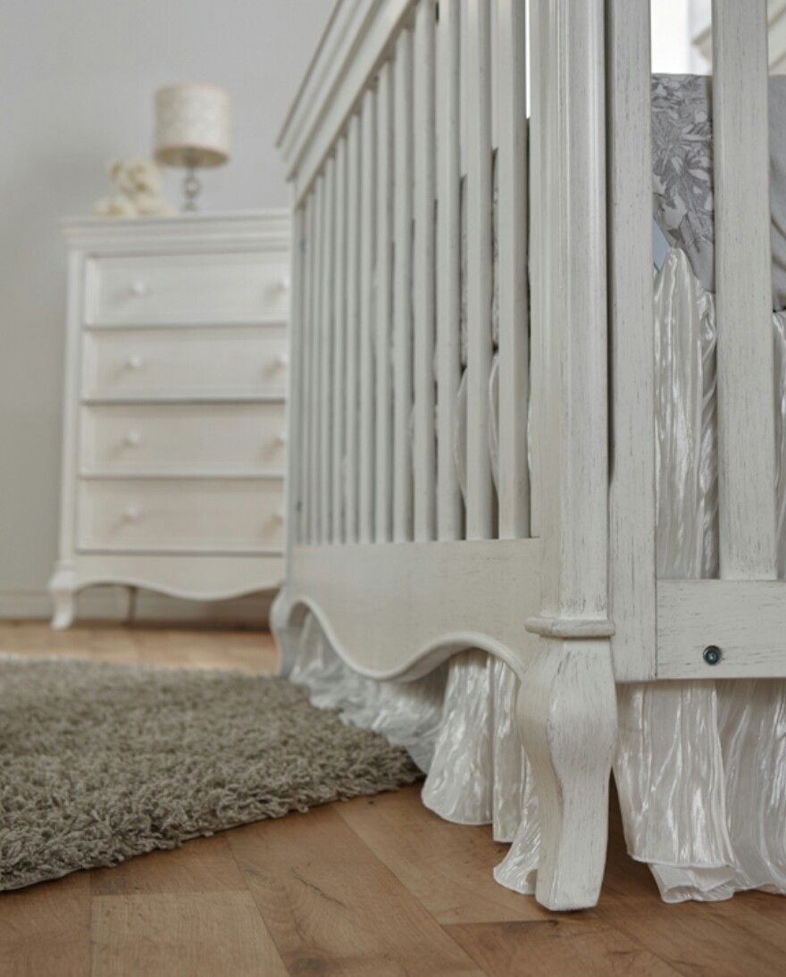 Vintage white crib for sale - Details Of The Diamante Forever Crib In Vintage White Cribsdiamond