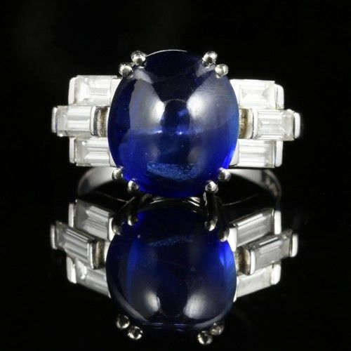 ANTIQUE ART DECO 6CT CABOCHON SAPPHIRE & 1.50CT BAGUETTE CUT DIAMOND RING
