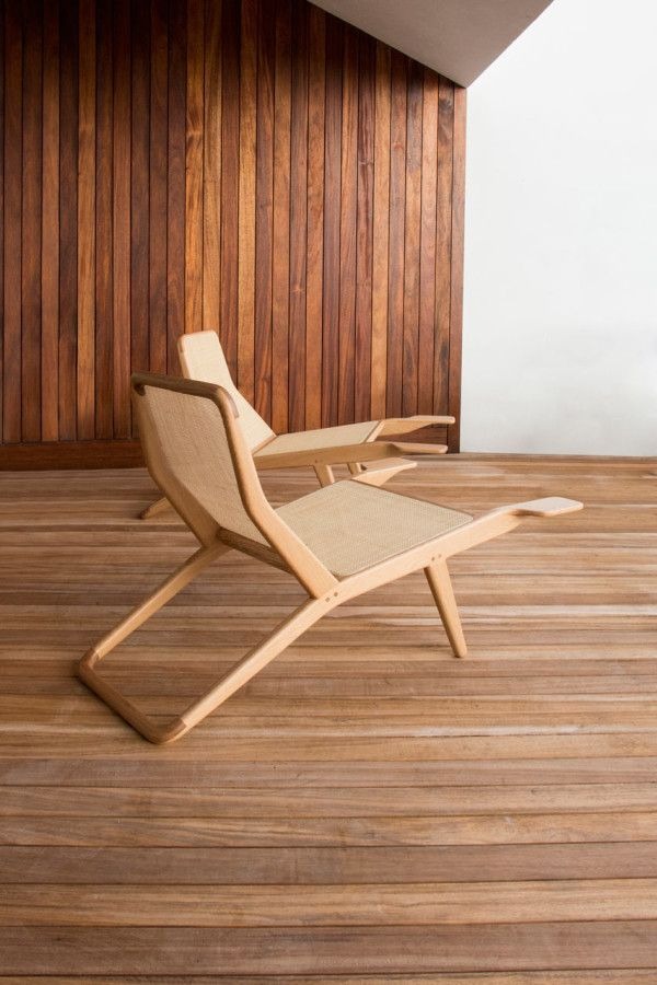 A Chair That Utilizes Portuguese Wood Joinery Design Milk Unique Chairs Design Chair Design Curved Chair