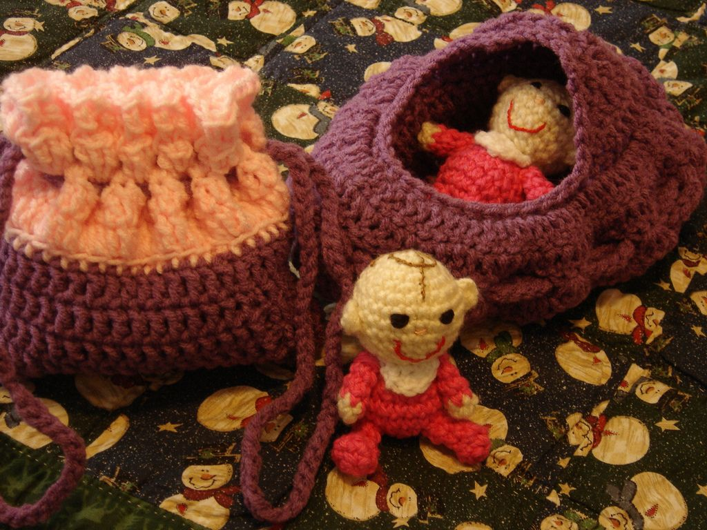 fabric baby cradle patterns | CRADLE PURSE | Crochet Cradle Purse ...