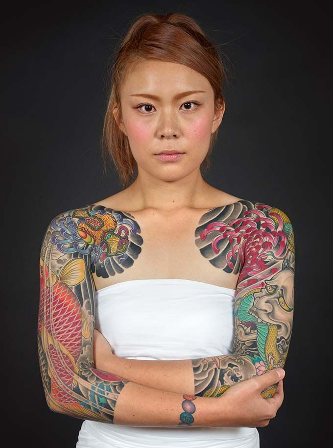 Tattoo By Horikiku Photo By Kip Fulbeck Japanese Tattoo Designs