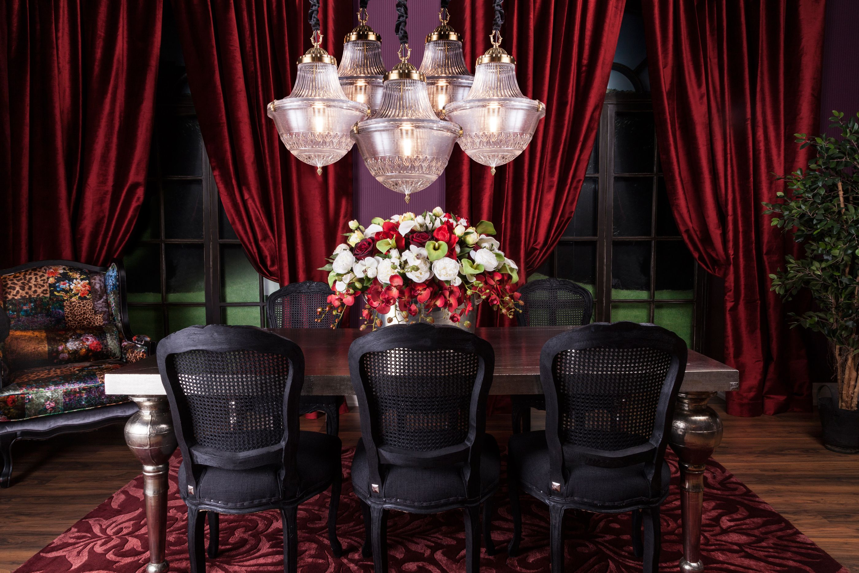 Dining | Burlesque: This Dramatic Interior Creates A Spectacle With The  Help Of Rich Furniture