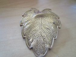 "New Listing Started vintage goldtone metal leaf brooch 2""long x 1.5""wide in good condition £2.25"