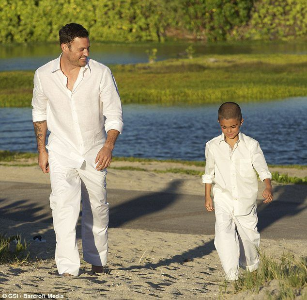 Beach Wedding looks for men and boys | Wedding Bliss | Pinterest ...