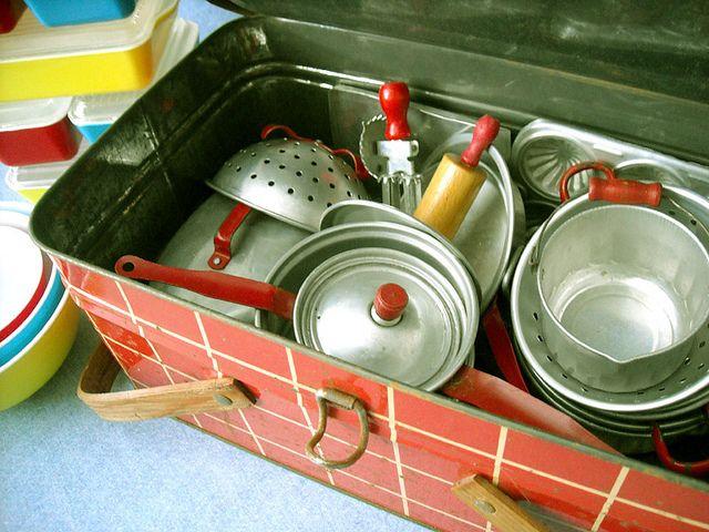 Vintage Tin Kitchen Toy* #vintagetoys