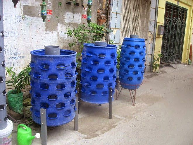Plant Vegetables With Waste Plastic Drums Manufacturers