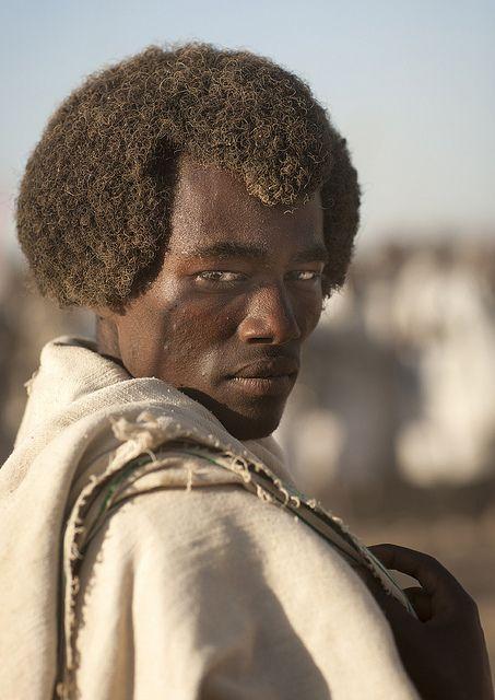 Karrayyu Man With His Gunfura Traditional Hairstyle In Gadaa - Ethiopian hipster hairstyle