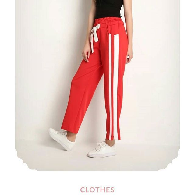 These Striped Pants are Life ! Go and see our review pictures on the blog! LINK IN BIO #lifeisgood #egyptianactress #happymorning #instablog #fashionblogger #fashion #makeuplove #lifestyle #lifestyleblogger #blogger #bloggerlove #bloggernation #beautiful #instablogger #blog #indianblogger #fashioninsta #indianfashionblogger #indianfashion #igers #aliexpress Real Pictures of Aliexpress items