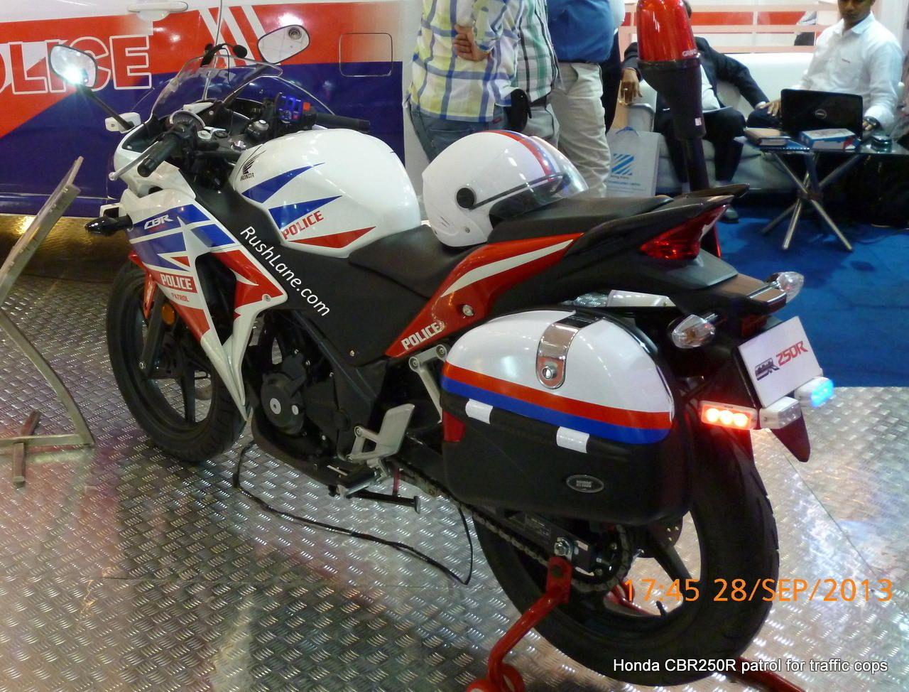 Bajaj pulsar 180 and honda cbr250r for traffic police
