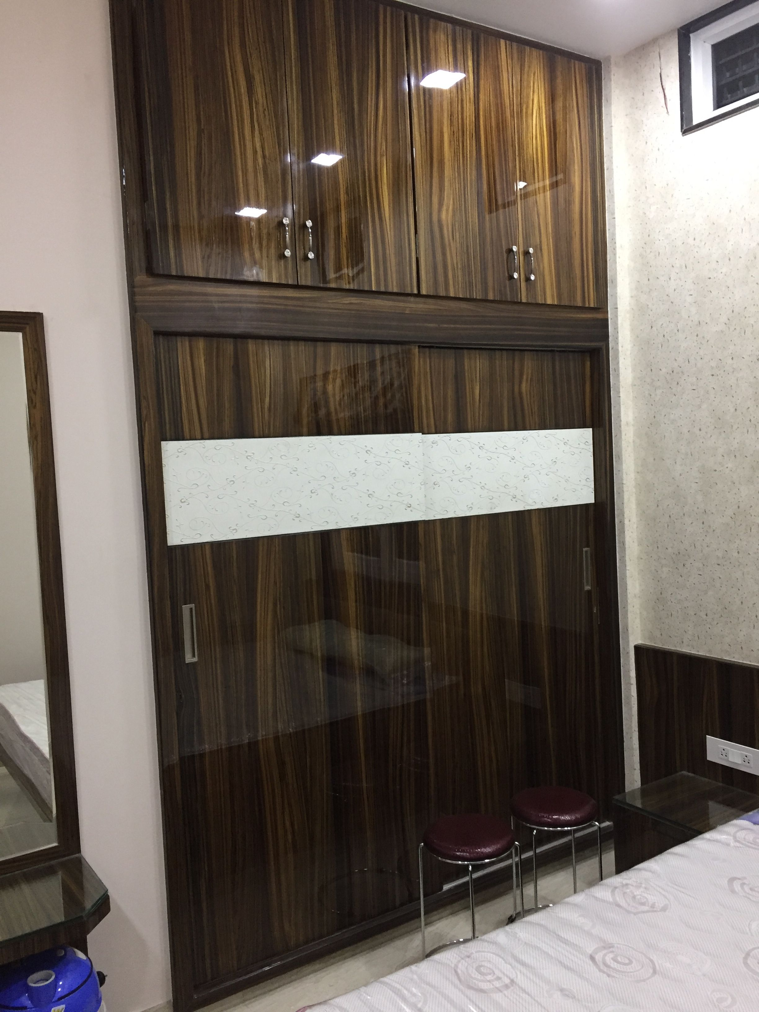 Tvunitdesign Lodhasplendora Kumarinterior: Wardrobe Design Bedroom, Wardrobe Door