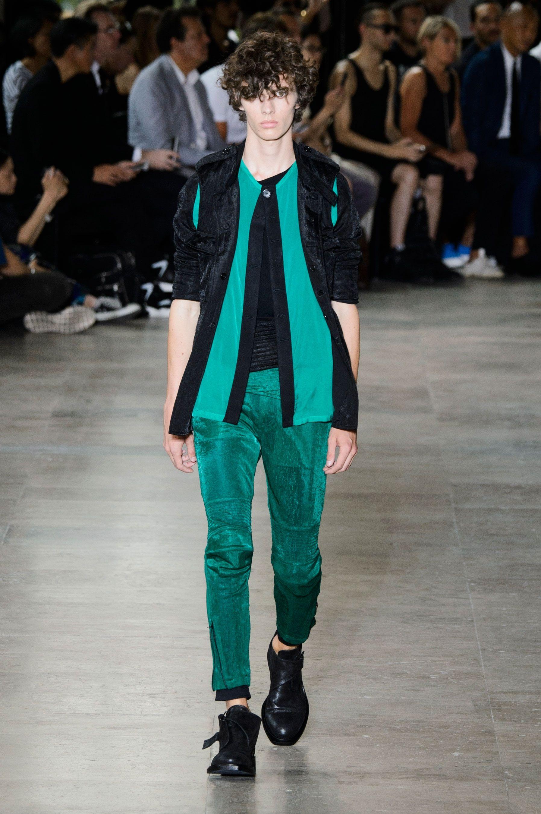 Ann Demeulemeester SpringSummer 2016 Collection - Paris Fashion Week - DerriusPierreCom (16)