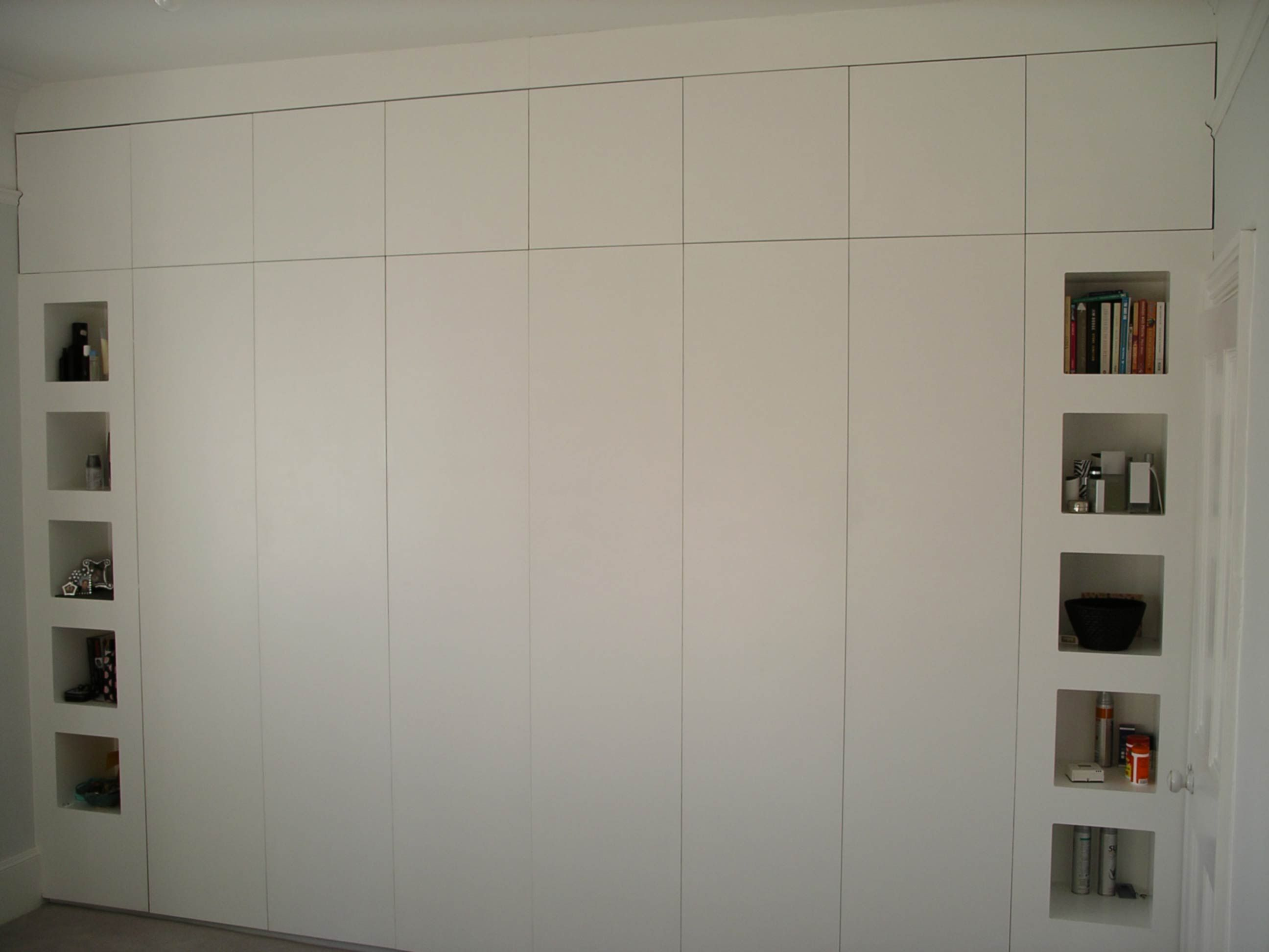 Like The Cubby Hole Shelves Wall To Wall Wardrobe By