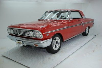 Volo Auto Museum:: 1964 FORD FAIRLANE 500 WITH 289 HIGH PERFORMANCE