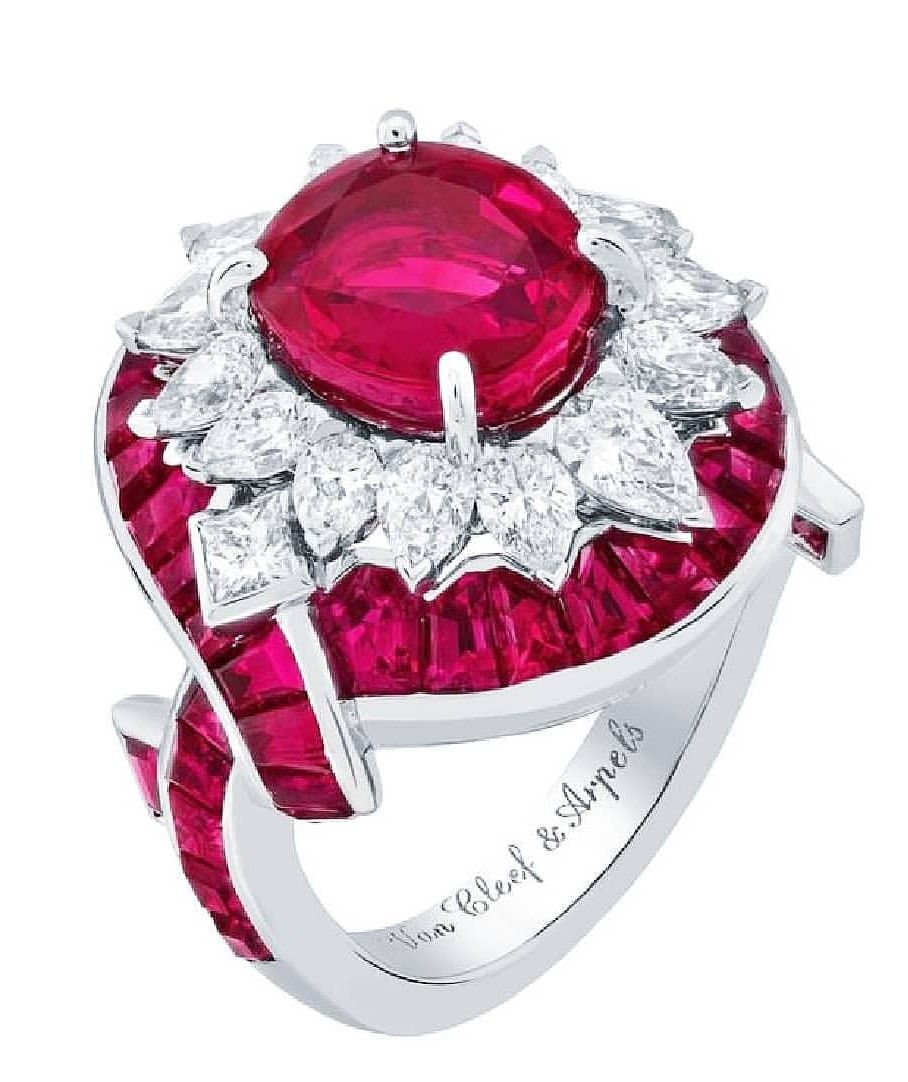 Pin By Sotta Sar On Gioielli Van Cleef And Arpels Jewelry Red Jewelry Accessories Diy Jewelry