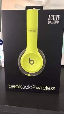Beats by Dr. Dre Solo2 Wireless Headband Headphones - Shock Yellow https://t.co/TKb8z0Ehc9 https://t.co/xlIZ8kIKVo http://twitter.com/Foemvu_Maoxke/status/773575258565672960