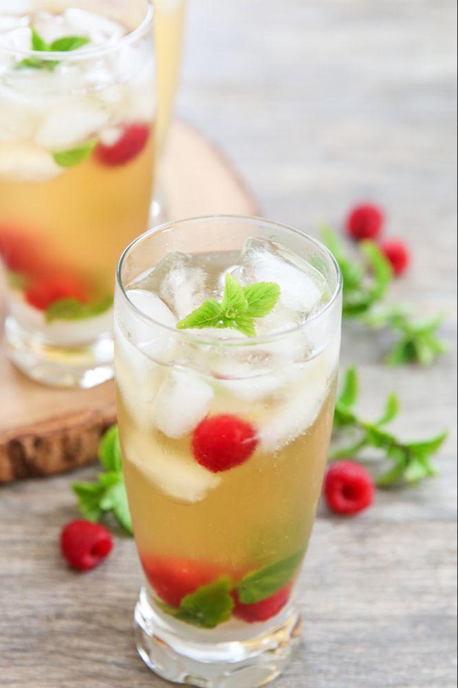 Photo of Iced Green Tea Mojitos
